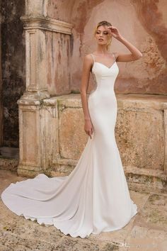 Wedding Dress 88020 by Justin Alexander - Search our photo gallery for pictures of wedding dresses by Justin Alexander. Find the perfect dress with recent Justin Alexander photos. Western Wedding Dresses, Lace Wedding Dress, Formal Dresses For Weddings, Classic Wedding Dress, Sexy Wedding Dresses, Bridal Dresses, Wedding Gowns, Dress Formal, Elegant Dresses