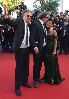 Benoît Delépine, Gustave de Kervern – avec Hilaria Thomas –, réalisateurs du film Le Grand Soir, présenté dans la sélection Un certain regard.