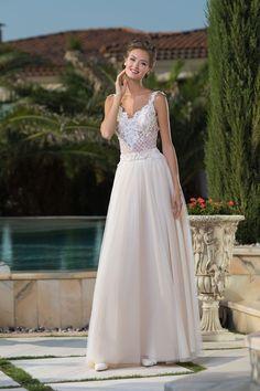 2ba84d887106 Krásne jemné svadobné šaty s čipkovaným vrškom Formálne Šaty