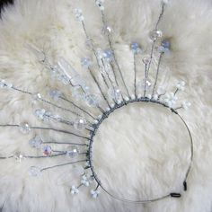 Check out more of these DIY circlets here! #DIY #Circlet
