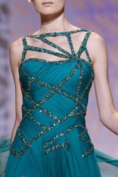 Zuhair Murad at Couture Fall 2014 - Details Runway Photos Turquoise Fashion, Special Occasion Outfits, Fashion Details, Fashion Design, Figure Skating Dresses, Ballroom Dress, High Fashion, Womens Fashion, Zuhair Murad