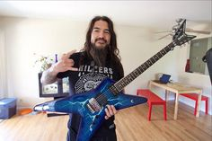 Six years after his house was robbed, Machine Head's Robb Flynn has been reunited with the guitar that he received as a gift from Dimebag Darrell. Dimebag Darrell Guitar, Dime Bags, Fear Factory, Complicated Relationship, Machine Head, Listening To Music, Heavy Metal, Songs, London