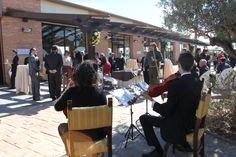 El Trío de cuerda cuenta con un amplio y variado repertorio musical.
