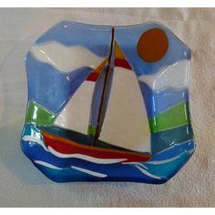 http://turksail.com.tr Fused glass sail boat dish