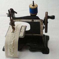 Antique Childs Toy Sewing Machine German by FrenchVintageTextile, €65.00