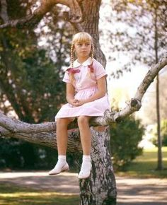 """""""The Bad Seed"""" Patty McCormack in a special photo shoot for her Oscar nominated performance 1956 Warner Brothers Best Horror Movies, Horror Films, Scary Movies, Sue Lyon, Girl Film, Spoiled Kids, The Bad Seed, Music Photo, Halloween Dress"""