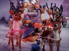 A Holly Jolly Christmas - Rudolph the Red-Nosed Reindeer Noel Christmas, Christmas Music, Christmas Movies, Vintage Christmas, Christmas Playlist, Country Christmas, Christmas Ideas, Christmas Decorations, Rudolph Red Nosed Reindeer