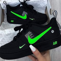 Shared by Taly. Find images and videos about black, shoes and nike on We Heart It - the app to get lost in what you love. Cute Nike Shoes, Nike Air Shoes, Nike Shoes For Men, All Black Nike Shoes, Black Shoes Sneakers, Shoes Women, Men's Shoes, Jordan Shoes Girls, Girls Shoes