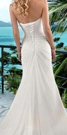BB874 - perfect for a beach or bohemian bride