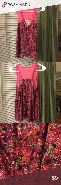 Pink tank top gorgeous sheer pink at the top Super cute tank. Sheer straps. Beautiful floral design. Soft fabric . Excellent condition! Mudd Tops Tank Tops