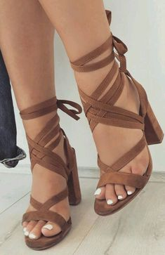 Find More at => feedproxy.google.... #heels outfits classy Dream Shoes, Crazy Shoes, Cute Shoes, Me Too Shoes, Trendy Shoes, Casual Shoes, Heels Outfits, Chic Outfits, Shoe Closet