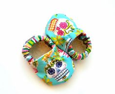 skull baby shoes toddler girl slippers pink and green aqua blue shoes skull shoes mexican skull Dia de Los Muertos day of the dead clothing