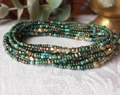 Patina und Gold lange Samenkorn Wickelarmband mit facettierten Glaskristallen und Glas