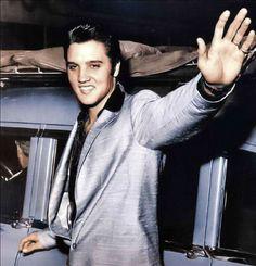 Elvis Presley, love his suit.