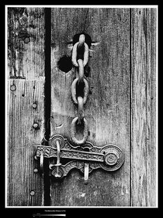 Latch and Chain, 1927 by Ansel Adams White Art, Black N White, Black White Photos, Black And White Photography, Edward Weston, Henri Cartier Bresson, Richard Avedon, Great Photographers, Landscape Photographers