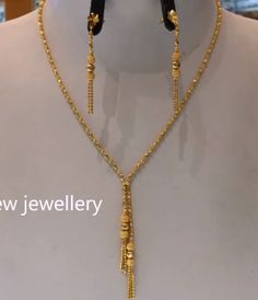 Light weight gold necklace sets - The Handmade Crafts Gold Chain Design, Gold Bangles Design, Gold Earrings Designs, Gold Jewellery Design, Necklace Designs, Gold Jewelry Simple, Gold Wedding Jewelry, Necklace Set, Gold Necklace