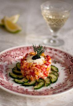 Smoked Salmon Tartare Salad. Crush Online Magazine, issue 30