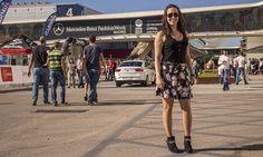 Segunda entrega del estilo a las puertas de la MBFWM. ¡No te pierdas nuestro nuevo street style! Mercedes Benz, Street Style, Running, Fashion, Doors, Style, Moda, Urban Style, Fashion Styles