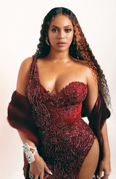 Check out Beyonce @ Iomoio Beyonce Et Jay Z, Estilo Beyonce, Beyonce 2013, Beyonce Knowles Carter, Beyonce Style, Urban Plus Size Clothing, Brown Swimsuit, Queen B, Plus Size Swimwear