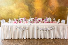 Yust Married....Der Brauttisch mit Vintage Dekoration in Pink