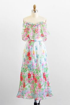 www.trendlistr.com/user?utm_content=buffer7fb89&utm_medium=social&utm_source=pinterest.com&utm_campaign=buffer - Vintage clothes for modern people / Shop the world's best hand-selected vintage!