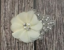 Ivory hair clip, flower girl hair clip, rhinestone hair clip, flower hair clip, alligator clip, wedding clip, vintage clip