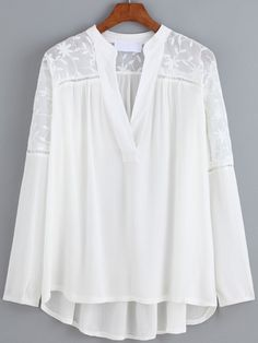 V Neck Dip Hem Embroidered Chiffon Top Solange, Formal Tops, Stylish Dresses For Girls, Plaid Outfits, Mode Outfits, Blouse Desings, Denim Fashion, Chiffon Tops, Designer Dresses