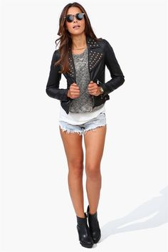 Biker Babe Jacket in Black http://www.bikerkiss.org/   is a biker dating site for motorcycle riders! A leisure and entertainment place for motorcycle enthusiasts.Our¬ members come from all over the world. Whether you're riding cross-country, off-road riding a chopper, a cruiser, or an old vintage bike.Join us to connect with hundreds of thousands of singles like you!