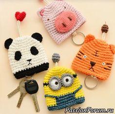 Small Crochet Gifts, Crochet Crafts, Crochet Yarn, Crochet Projects, Crochet Keychain Pattern, Crochet Patterns Amigurumi, Crochet Dolls, Knitting Patterns, Crochet Key Cover