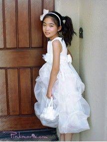 OFF White Sleeveless Matte Satin Bodice Communion Girl Dress Matte Satin, Plus Size Girls, Communion Dresses, Quinceanera, Off White, Bodice, Flower Girl Dresses, Wedding Dresses, Pink