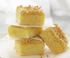 Craving a chewy, decadent treat with your next cuppa? Dive into these delicious coconut slice recipes - including chocolate coconut slice, raspberry coconut slice and hedgehog slice Raspberry Coconut Slice, Chocolate Coconut Slice, Chocolate Caramel Slice, Chocolate Recipes, Oat Slice Healthy, Healthy Snacks, Baking Recipes, Dessert Recipes, Candy Recipes