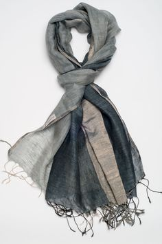 Esse et Cie Metallica Linen Shawl in Grey, Blue & Metallic Silver