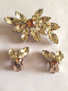 Vintage Pale Yellow/Amber Rhinestone Flower Brooch and Earring Set Gold Tone #Unbranded