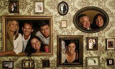 Idea ingeniosa para fotos de novios [] A great wedding photo booth