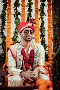 Indian Wedding Planning, Wedding Planning Websites, Bride Sister, Sister Wedding, How To Look Handsome, Groom Wear, Best Photographers, Intimate Weddings, Home Wedding