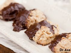 This Dark Chocolate Coconut Clusters Recipe is delicious, healthy, and easy to make!