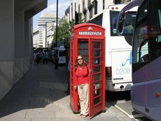 Foto: Beatriz Rios Landline Phone, Cabins, London