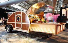 Caravan Bar, Retro Caravan, Caravan Living, Food Trucks, Luxury Campers, Custom Trailers, Vintage Trailers, Backyard Bar, Mobile Bar