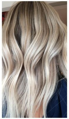 Cool Blonde Hair Colour, Blonde Hair With Roots, Silver Blonde Hair, Blonde Hair Shades, Light Blonde Hair, Blonde Hair Looks, Blonde Hair With Highlights, Light Hair, Best Blonde Hair