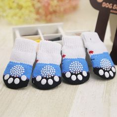 Item Type: Socks for Dogs Material: Cotton Size: S 60 x 25 mm Size: M 75 x 30 mm Quantity: 4 pcs Features: Small Dog, Shoes, Cotton, Anti Slip  Knitted Bags, Knitted Blankets, Dog Booties, Dog Socks, Small Puppies, Dog Costumes, Dog Leash, Knitting Socks, Dog Accessories