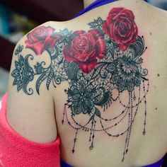 Ideas Of Meaningful And Great Tattoos For Girls Great Tattoos, Trendy Tattoos, Beautiful Tattoos, Body Art Tattoos, Girl Tattoos, Tatoos, Lace Shoulder Tattoo, Shoulder Tattoos For Women, Back Tattoo Women