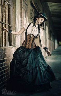Wondering what is Steampunk? Visit our website for more information on the latest with photos and videos on Steampunk clothes, art, technology and more. Moda Steampunk, Chat Steampunk, Style Steampunk, Steampunk Wedding, Victorian Steampunk, Steampunk Fashion, Steampunk Mechanic, Steampunk Design, Steampunk Cosplay