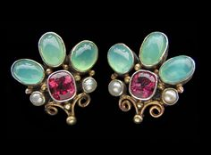 Dorrie Nossiter. Arts and Crafts earrings. Chalcedony, garnet and pearl. Sold by Tadema Gallery.