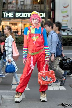 "JunnYan (aka ""JunYa"") [website: http://www.facebook.com/junnyan.kids] is longtime Harajuku personality, founder of the Pop N Cute parties, & founder of ""Harajuku Fashion Walk"" - official video: http://www.youtube.com/watch?v=S10D9jQWAwE   13 December 2016   #Fashion #Harajuku (原宿) #Shibuya (渋谷) #Tokyo (東京) #Japan (日本)"