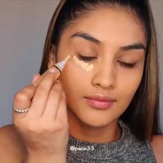makeup black with eyeshadow only makeup tips with pictures makeup with glasses to do black eyeshadow makeup makeup with maybelline eyeshadow makeup tutorial makeup hacks Beauty Make-up, Beauty Makeup Tips, Glam Makeup, Sleek Makeup, Makeup Kit, Makeup Products, Contour Makeup, Skin Makeup, Eyeshadow Makeup