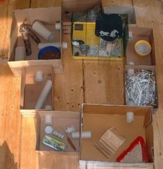 Playground for hamsters made of cardboard boxes - Happy Tiere Gerbil Toys, Diy Hamster Toys, Gerbil Cages, Hamster Care, Rat Toys, Hamster House, Hamster Habitat, Rat Cage, Degu
