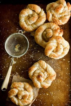 Orange Sugar Danish Pastries Recipe Desserts with orange, granulated sugar, cinnamon, frozen pastry puff sheets Bread And Pastries, Danish Pastries, Puff Pastries, Pastry Recipes, Baking Recipes, Breakfast Recipes, Dessert Recipes, Challah, Sweet Bread