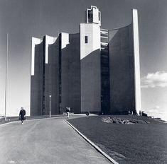 Kaleva Church, Tampere, Finland (1958) Architects: Reima Pietilä, Raili Pietilä.