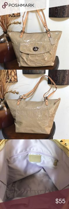 🌺🎀Extra Large Coach Tan Patent Leather Tote 🌺🎀 🌺🎀XLarge Coach Tan Patent Leather Tote is in good condition but some minor flaws, some discoloration on back and stain on left side of bag but otherwise this bag is good condition bag is 18.5 X 13 bag sold as it so please look at pics🎀 Coach Bags Totes