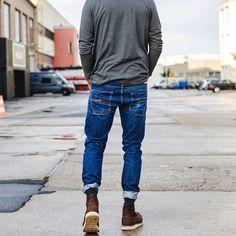 Simple & Clean. Classic Regular Shirt @gstarraw Grim Tim -Dry Orange Selvage @nudiejeans 8878 @redwingheritage #rawdenim #basic #simple #clean #easy #quality #gstarraw #WhatisRAW #nudie #nudiejeans #redwings #redwingshoes #indigo #japanese #selvedge...